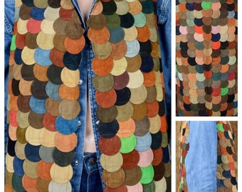 Vintage 1970's Men's Suede Leather Multicolored Circle Patchwork Hippie Woodstock Vest Size M 42 44 - Rare