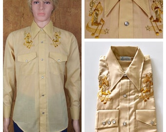 Nos Vintage 1960's / 70's Kmart Music Note Star Boot Gold Lame Western Rockabilly HiPPiE RoCk STaR Men's Shirt Size M 42 - NEVER WORN