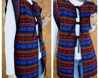 Vintage 1970's Women's Fair Isle Nordic Snowflake Hippie Hipster Boho Cardigan Tunic Knit Sweater Vest M L