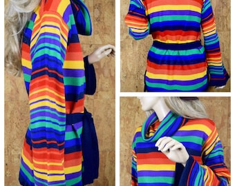Vintage 1970's Women's Rainbow Striped Bell Sleeved Knit HiPPiE Boho Cowl Neck Tunic Sweater Size M L