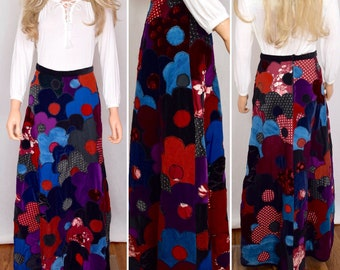 Vintage 1960's 70's I Magnin Mountain Artisans Couture Hand Quilted PsYcHeDeLiC Patchwork Flower HiPPiE Maxi Hostess Skirt Size M