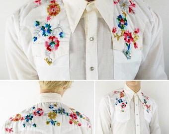 Vintage 1970's Men's Rockmount Ranchwear Embroidered Metallic Lame Flower Western HiPPiE HiPsTeR RoCk STaR Shirt Size L XL