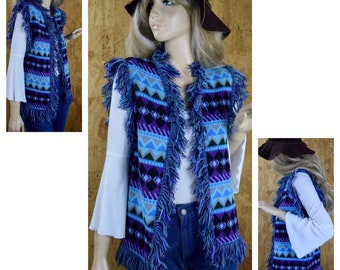 Vintage 1970's Women's Expessions by CAMPUS Aztec Native American Cowichian Fringed HiPPiE Woodstock Knit Sweater Vest M