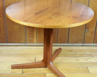 Vintage 1960's MCM 1960's Danish Modern Hans C. Andersen Teak Side Table