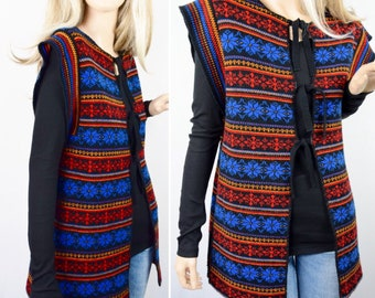 Sale - Vintage 1970's Women's Nordic Snowflake STriPeD HiPPiE Aztec Cardigan Knit Sweater M