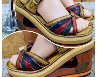 Sz 6.5 - Vintage 1970's BUSKENS Women's RAINBOW Wooden Leather Wedged Platform Shoes Sandals Size 6 1/2 M