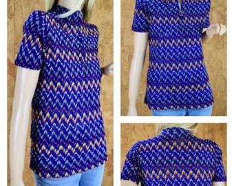 Vintage 1960's Women's Ultra Mod Zippered Rainbow Zig Zag Open Knit Shirt Top Size M