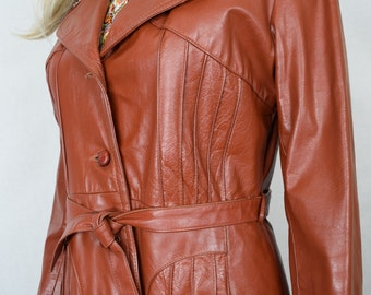Vintage 1970's Women's Pin Tucked pleated Leather DiScO HiPPiE HiPsTeR Lined Coat Jacket M