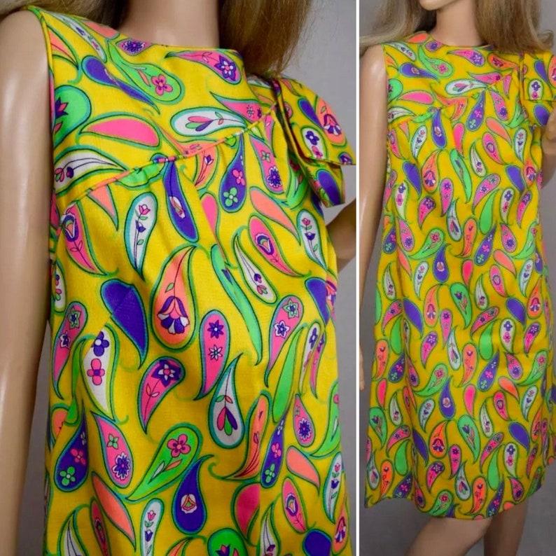 1d1969066e1a Vintage 1960 s Malia MOD Psychedelic Neon Paisley GO-GO