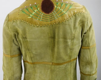 Vintage 1970's Men's CHAR Embroidered Green Suede Leather Beaded HiPPiE RoCK STaR Western Jacket 44 M