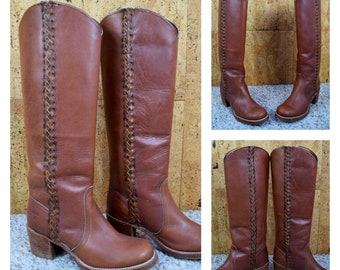 Sz 6.5 - Vintage 1970's Women's FRYE Brown Leather Hippie Boho Campus Tall Braided Boots Stacked Wooden Heels Size 6.5  6 1/2 B
