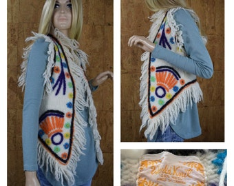 Vintage 1960's | 70's Women's Fringed Embroidered Flower Wool Hippie Boho Knit Sweater Vest Size XS / S