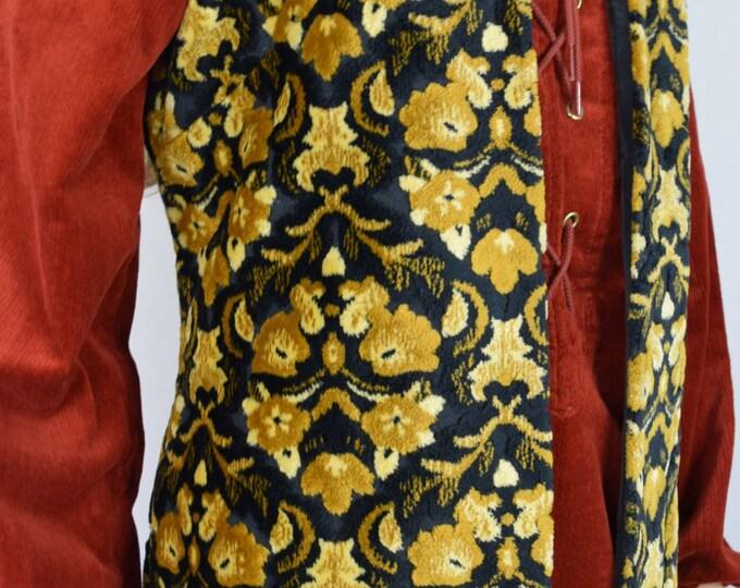 Vintage 1960's 70's Women's CheniLLe CaRpEt TaPeStrY Floral HiPPiE BoHo MOD Vest M L