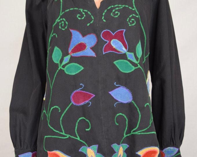 Vintage 1960's Women's Embroidered Appliqued Jimi Hendrix Style Velvet Flower HiPPiE BoHo WooDsToCk Shirt Tunic Top M