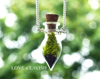 Mothers Day Gift, Terrarium Necklace, Moss Necklace, Spring Jewelry, Miniature Terrarium, Botanical Jewelry, Moss Jewelry, Plant Jewelry