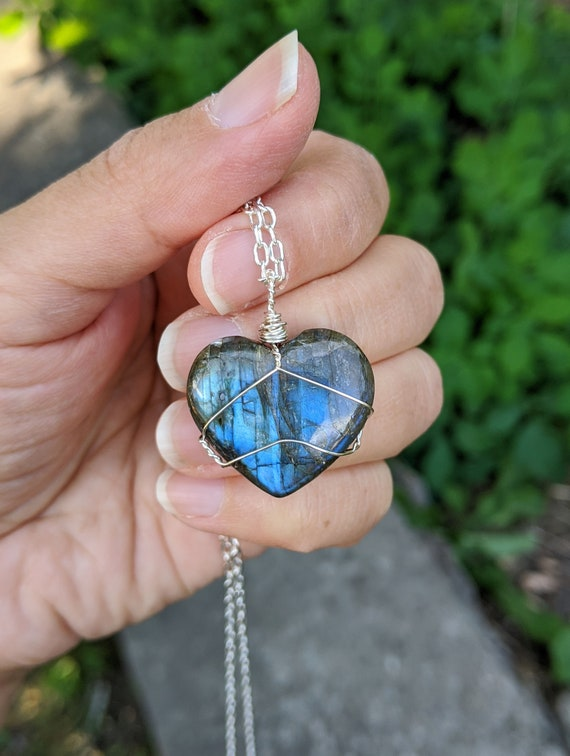 Blue Labradorite Large Rainbow Labradorite Pendant Necklace Rainbow crystal Bohemian jewelry Summer jewelry Wiccan Gold labradorite