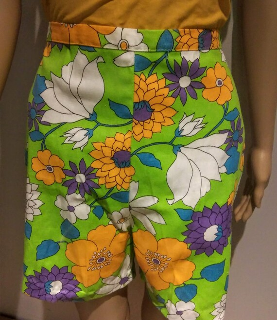 60's Floral Pedal Pushers - Size Medium