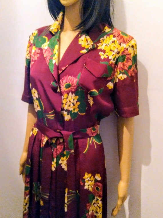 1940s Floral Hostess Robe