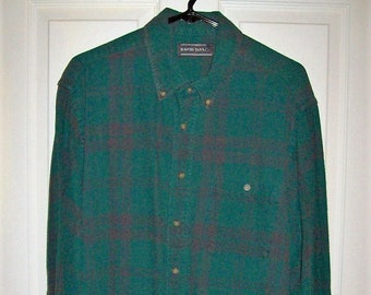 Vintage Mens Green Plaid Flannel Shirt by David Taylor Extra Large Only 9 USD