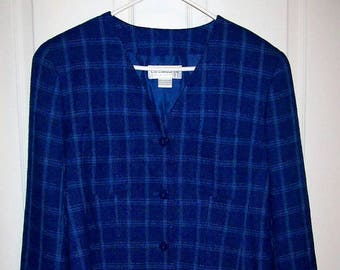 Vintage Ladies Blue Plaid Cropped Blazer by Liz Claiborne Size 12 Only 9 USD