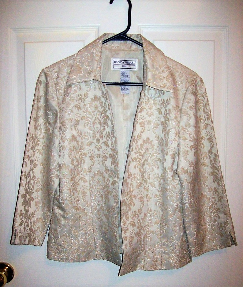 Vintage Ladies Beige Satin Jacquard Open Front Blazer by Jessica Howard Petite Size 12 Only 7 USD