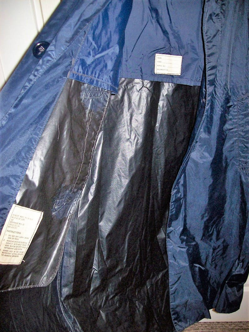 SAlE 60% Off Vintage Men's Navy Blue Military Issue USAF Raincoat by Brownwood Mfg 36 R Now 2 USD