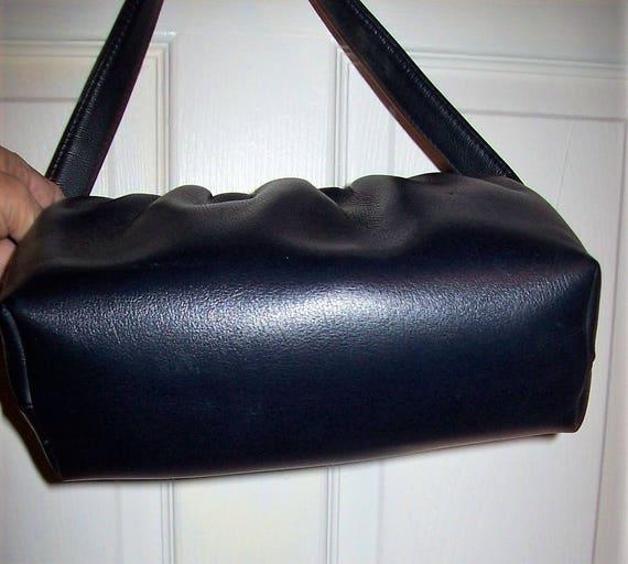 e196b48f1e7e Vintage 1950s Ladies Navy Blue Handbag Purse w  Brass Flip