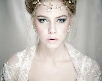 Bridal Bolero, Ivory Wedding Loop Shawl, Wedding Ivory Lace Bolero, Wedding Bolero, Lace Wedding Shrug