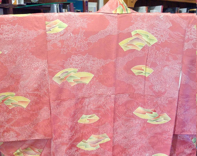 Vintage Japanese salmon pink / orange coloured silk kimono fans and flowers, satin chrysanthemum
