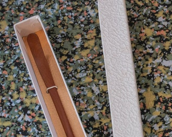 Chashaku Vintage Japanese hand-carved wooden matcha green tea scoop for Chanoyu tea ceremony