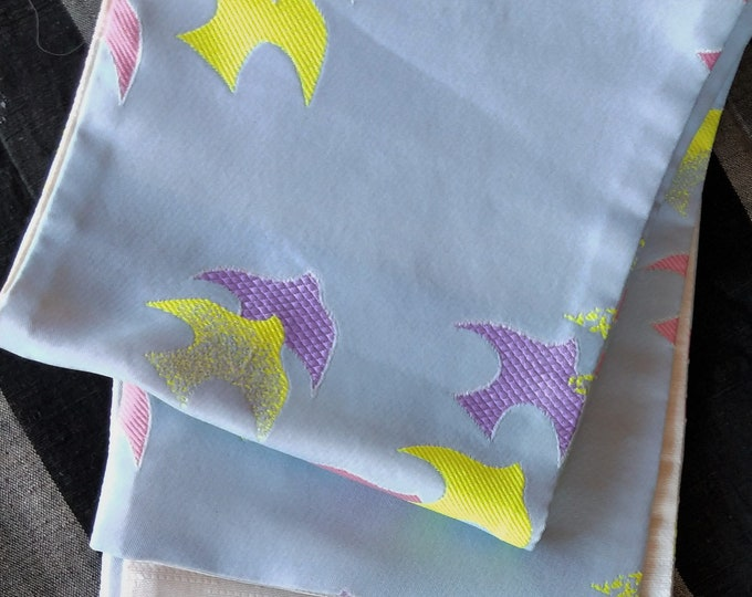 Hanhaba (half-width obi)  obi a pattern of plover birds on a soft blue ground for kimono