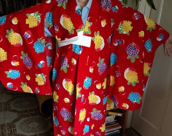 Japanese cotton yukata for kids / young girl with hydrangea flowers.