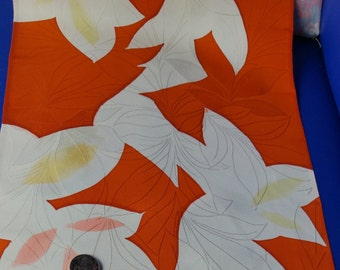 Vintage Japanese silk crepe kimono fabric 92 cm x 36 cm woven leaves