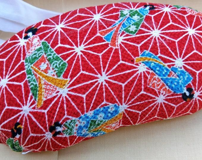 Vintage Japanese obi makura what a pattern of kimono wearing geisha, a red chirimen fabric