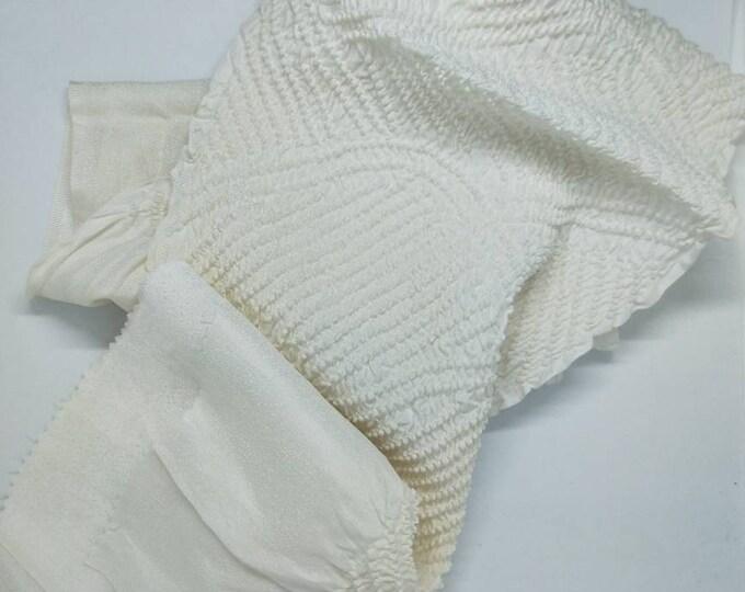 Vintage Japanese rinzu silk kimono obi-age cream coloured silk with shibori 150 cm long