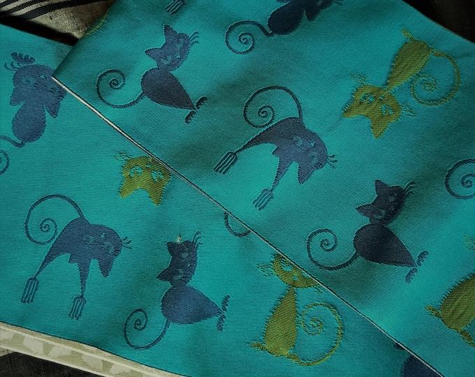 Hanhaba (half-width obi)  obi sea green/blue ground with blue and green naughty cats kittens kawaii neko textured woven reverse for kimono
