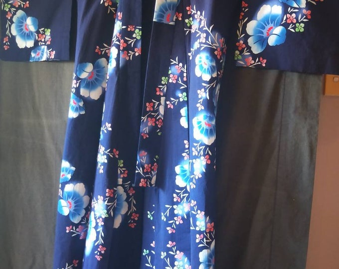 Vintage Japanese cotton yukata kimono navy blue With pattern of blue and pink flowers, hand stitched dyed  100% cotton. lovely