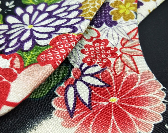 Vintage unused Tabi split toe socks for kimono and zori  22.5cm foot length. chirimen style fabric chrysanthemum, cherry and bamboo floral