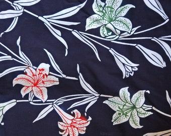 Japanese kimono indigo blue and white cotton yukata fabric 92 cm x 36 cm Amaririsu flower pattern