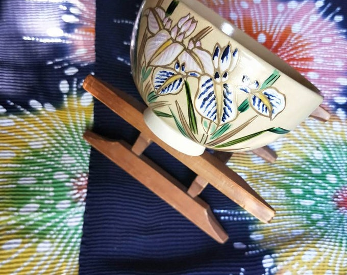 Vintage Japanese hand-made Kyoware glazed tea bowl, chawan . Painted on-glaze enamel Iris flowers clear glaze,  white porcelain body.