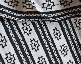 "Vintage Japanese kimono black and white cotton yukata fabric 36"" x 14"" abstract geometric NOT MINT"