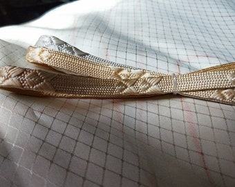 Vintage Japanese silk kumihimo obijime cord for obi golden peach and cream , unused flat type. Elegant and refined.  Unique colour.
