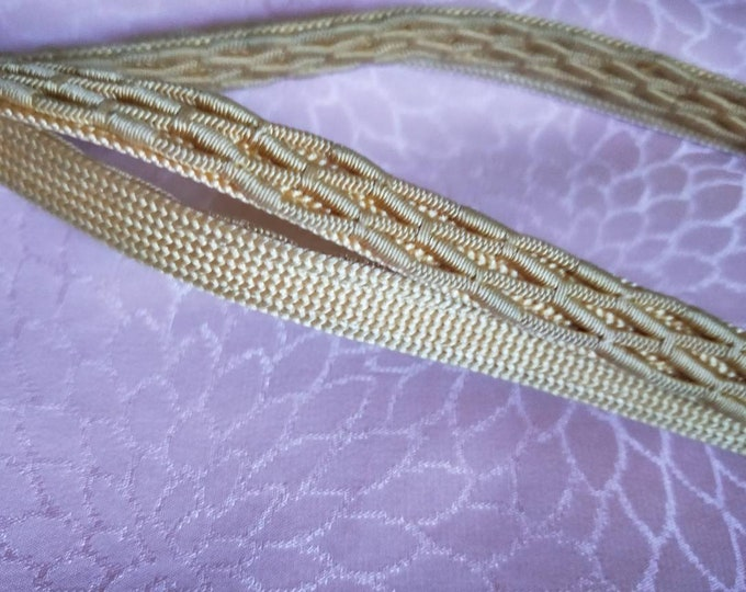 Vintage Japanese silk kumihimo obijime cord for obi  soft golden yellow flat type.