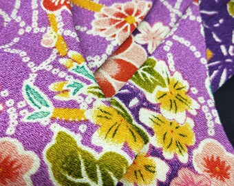 Vintage unused Tabi split toe socks for kimono and zori  22.5cm foot length. chirimen style fabric plum floral