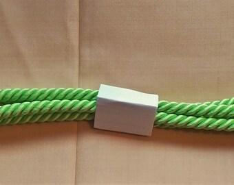 Vintage Japanese silk kumihimo obijime cord for obi bright vivid green round type.