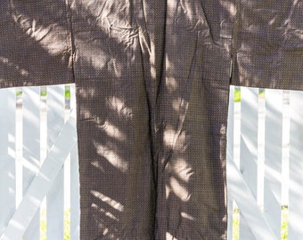 Vintage Japanese Doro oshima tsumugi hand stitched brown silk men's kimono with blue lining
