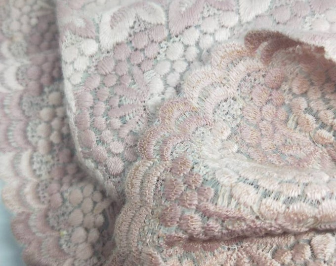 Vintage Japanese lace shawl for kimono dusky pink and mauve soft lacey wrap. Soft and warm to touch.