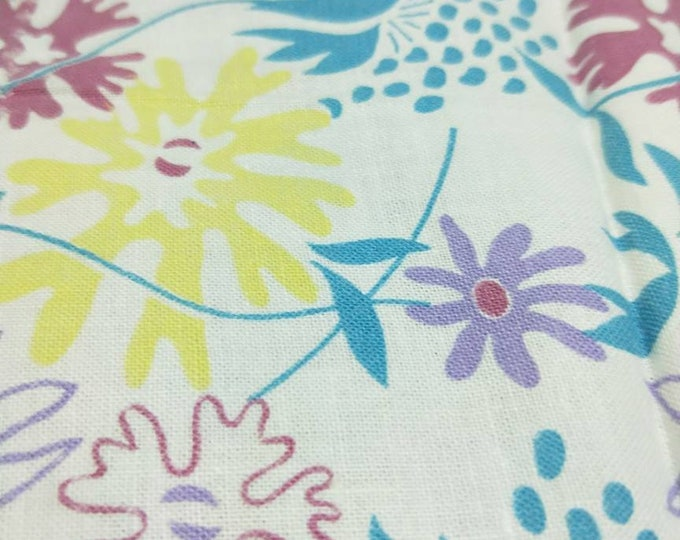 """Vintage American Feed sack fabric 1940's original not reproduction fat quarter 17"""" x 22' flowers, floral in turquoise, lavender coral pink"""