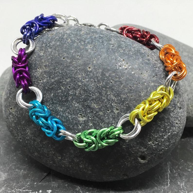 Chainmaille Bracelet Byzantine Bracelet Rainbow with Mobius image 0