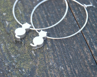 Tiny Kitty Hoop Earrings (Silver)